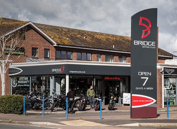 D2 Creative - Bridge Motorcycles